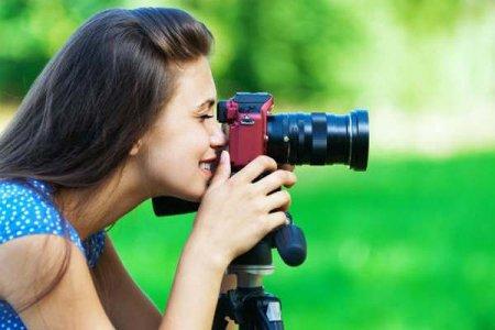 Почему мы все время фотографируем и фотографируемся?